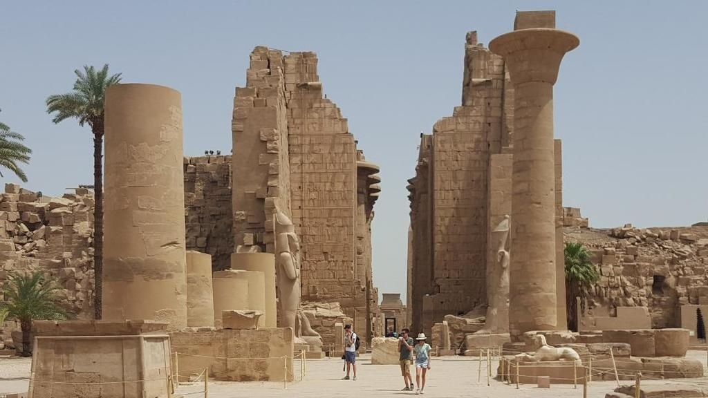 cairo and nile cruises eight days tour package