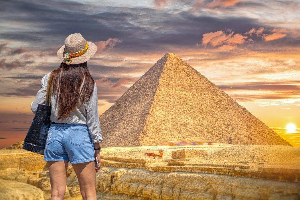 Private day trip to Cairo and Giza Pyramids from Hurghada by Private vehicle